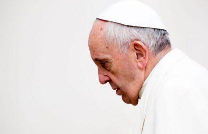 Papa adverte a não substituir as leituras da Missa por textos não bíblicos