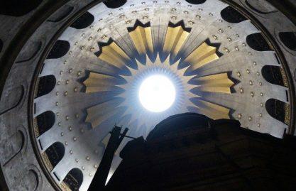 Basílica do Santo Sepulcro permanece fechada
