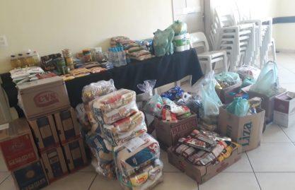 """Campanha """"Igreja em Ação"""" arrecada doações para pessoas necessitadas da Paróquia São Pedro"""