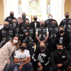 Doação do Insanos Moto Clube à Paróquia São Pedro